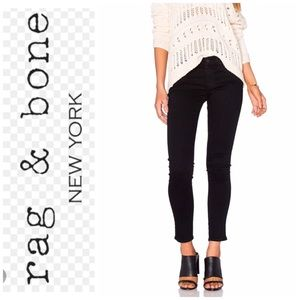 NWT Rag & Bone Black Frayed Nero Capri Jeans